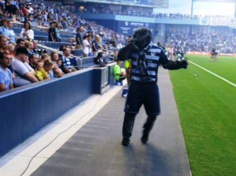 Sporting KC mascot Blue helped to lead the cheers Friday at Sporting Park, Kansas City, Kan. (Photo by William Crum)