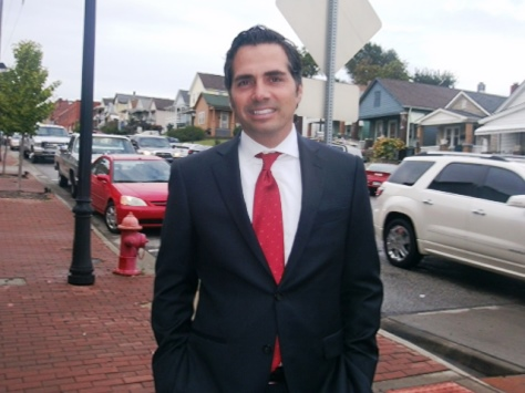 Independent candidate Greg Orman, running for Senate, visited the Strawberry Hill area of Kansas City, Kan., on Friday. (Photo by William Crum)