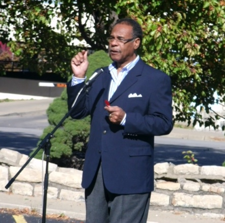 Rep. Emanuel Cleaver, D-Mo., spoke during a rally today in downtown Kansas City, Kan., to get out the vote. (Photo by William Crum)