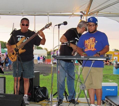 A free musical performance was held Wednesday at the free tent at the Wyandotte County Fair. (Staff photo by Mary Rupert)