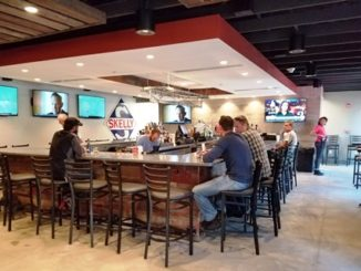 The Mason Jar, a bar and grill with a spacious interior, recently opened on North 74th Drive a little south of State Avenue in Kansas City, Kan. (Photo by William Crum)