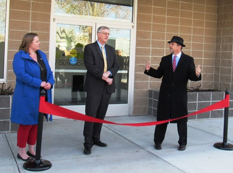 Speaking at the Cross-Lines ribbon-cutting ceremony today were, left to right, Susila Jones, executive director; Bard Culver, chair of the capital campaign; and Mayor Mark Holland. (Staff photo by Mary Rupert)