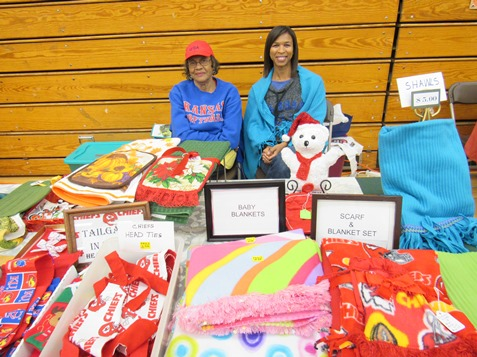 Crafters And Entrepreneurs Display Handmade Items At The Eisenhower Holiday Craft Show Welcome To Wyandotte Daily