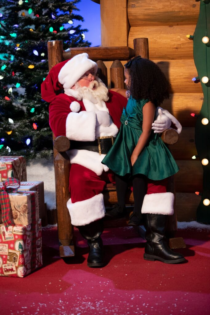 Santa To Arrive Saturday Nov 16 At Cabela S Welcome To Wyandotte Daily